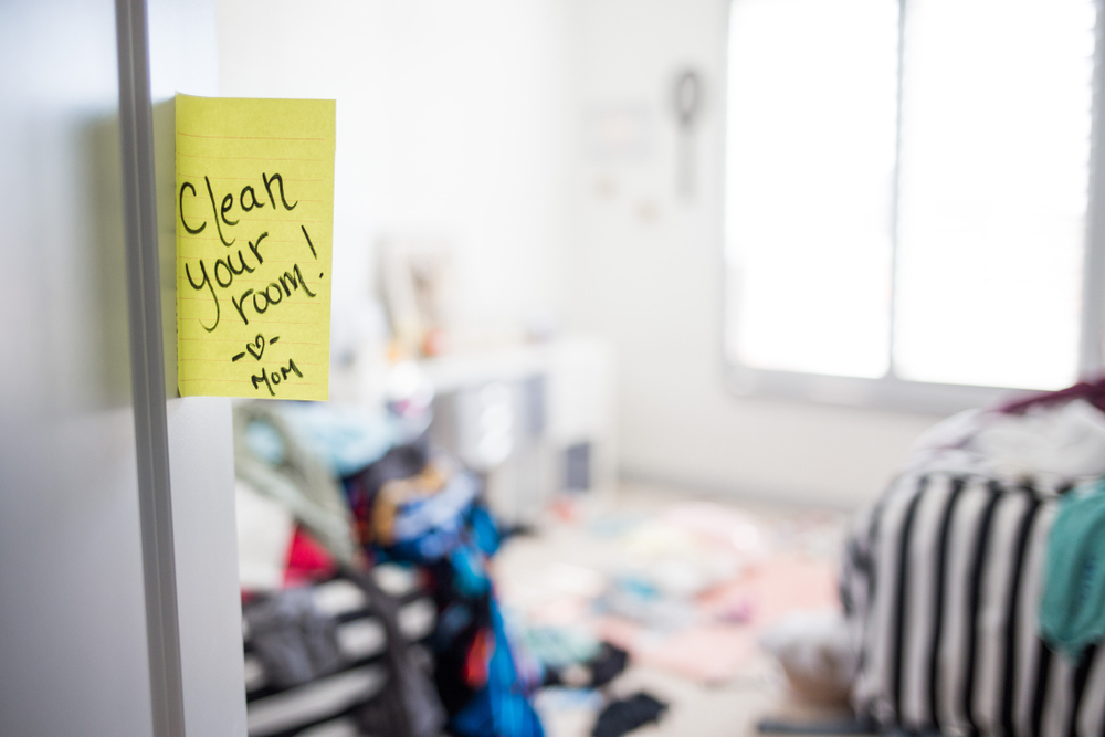 Dirty Teenager Room with note from mom